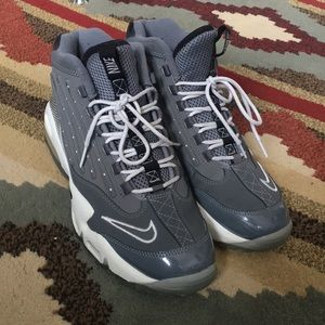932575419ed0 Men s Nike Ken Griffey Shoes on Poshmark
